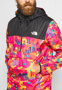 The North Face - MEN'S NOVELTY FANORAK - Veste coupe-vent - black/pink - 5