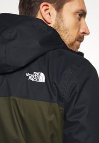 The North Face - MENS MILLERTON JACKET - Kurtka hardshell - new taupe green/asphalt grey - 6