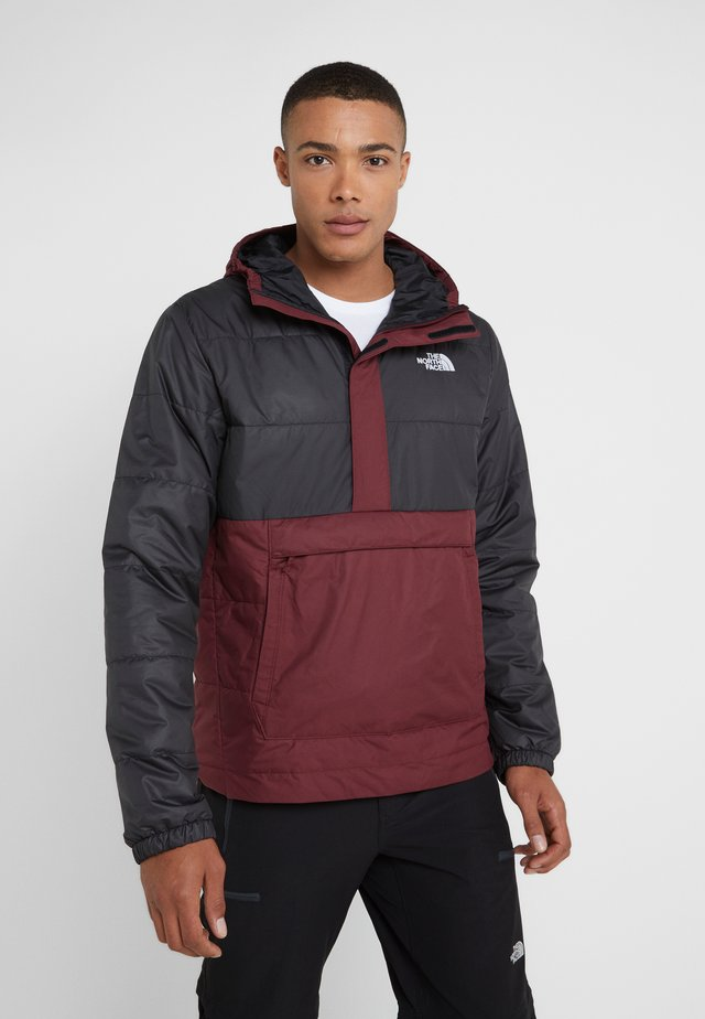 INSULATED FANORAK - Chaqueta outdoor - black/deep garnet red