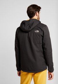 The North Face - QUEST HOODED - Kurtka Softshell - black - 2