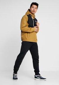 The North Face - WATERPROOF FANORAK - Hardshell jacket - british khaki - 1