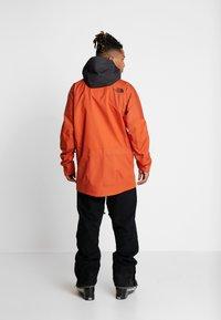 The North Face - M BRIGANDINE FutureLight™ JACKET - Kurtka narciarska - papaya orange/black - 2