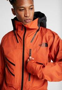 The North Face - M BRIGANDINE FutureLight™ JACKET - Kurtka narciarska - papaya orange/black - 8