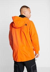 The North Face - M FREETHINKER FutureLight™ JACKET - Kurtka narciarska - papaya orange/black - 2