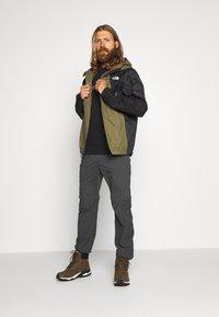 The North Face - MEN'S FARSIDE JACKET - Kurtka hardshell - burnt olive green - 1