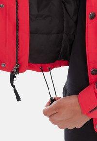 The North Face - 94RAGE WP SYN INS JK - Laskettelutakki - black/red - 3