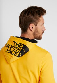 The North Face - DREW PEAK  - Bluza z kapturem - tnf yellow - 3