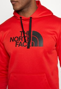 The North Face - MENS SURGENT HOODIE - Sweat à capuche - fiery red heather - 5