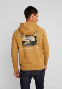 The North Face - RAGLAN BOX HOODIE - Hoodie - british khaki - 2