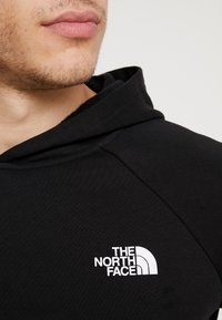 The North Face - RAGLAN BOX HOODIE - Huppari - black/white - 5
