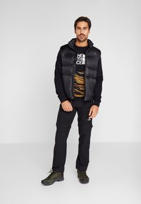 The North Face - CANYONWALL CREW - Sweatshirt - black/british kaki - 1