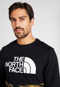 The North Face - CANYONWALL CREW - Sweatshirt - black/british kaki - 3