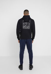 The North Face - HIGHEST PEAKS HOODIE - Bluza z kapturem - black - 2