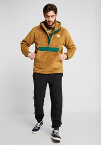 The North Face - CAMPSHIRE HOODIE - Fleece jumper - british khaki/night green - 1