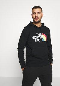 The North Face - RAINBOW HOODY - Bluza z kapturem - black - 0
