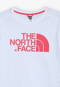 The North Face - BOYFRIEND - T-shirt z nadrukiem - white - 3