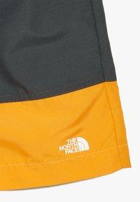 The North Face - BOY'S CLASS FIVE WATER  - Szorty kąpielowe - grey/orange - 4