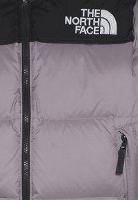 The North Face - Y 1996 RETRO NUPTSE DOWN JACKET - Gewatteerde jas - ashen/purple - 4