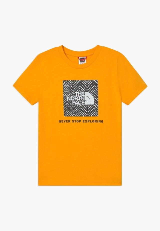 BOX TEE - Print T-shirt - summit gold