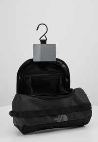 The North Face - TRAVEL CANISTER - Kosmetiktasche - black - 4