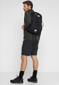 The North Face - BOREALIS CLASSIC - Mochila - the north face black/asphalt grey - 1