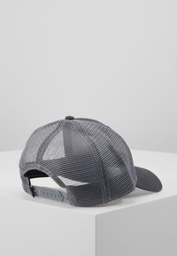 The North Face - MUDDER TRUCKER HAT - Caps - asphalt grey