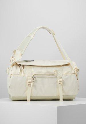 BASE CAMP DUFFEL XS - Sportovní taška - vintage white