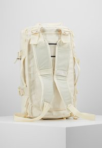 The North Face - BASE CAMP DUFFEL XS - Sports bag - vintage white - 6