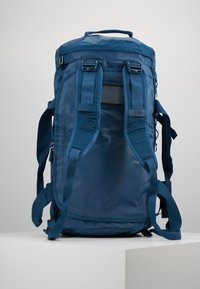 The North Face - BASE CAMP DUFFEL M - Sports bag - blue wing teal/urban navy - 6