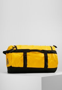 The North Face - BASE CAMP DUFFEL S  - Bolsa de deporte - summit gold/black - 0