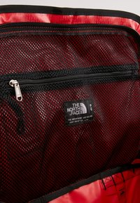 The North Face - BASE CAMP DUFFEL S  - Sports bag - red/anthracite - 8