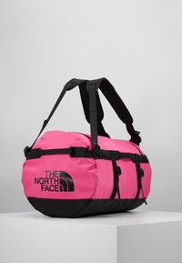 The North Face - BASE CAMP DUFFEL S  - Sports bag - pink/black - 4