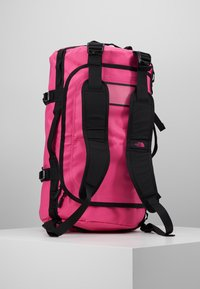 The North Face - BASE CAMP DUFFEL S  - Sports bag - pink/black - 6