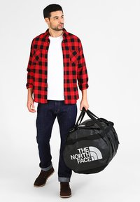 The North Face - BASE CAMP DUFFEL XL - Holdall - black - 0