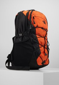 The North Face - BOREALIS - Reppu - orange/black - 4
