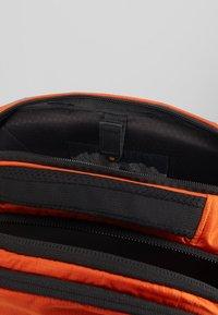 The North Face - BOREALIS - Reppu - orange/black - 5