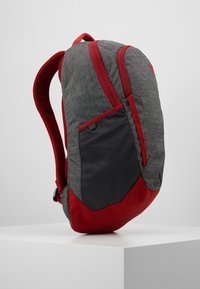 The North Face - VAULT 26,5L - Ryggsekk - dark grey heather/cardinal red - 3