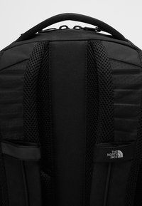 The North Face - VAULT 26,5L - Rugzak - black - 6