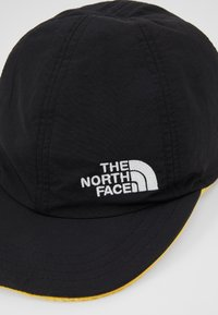 The North Face - REVERSIBLE NORM HAT - Kšiltovka - black/yellow - 7