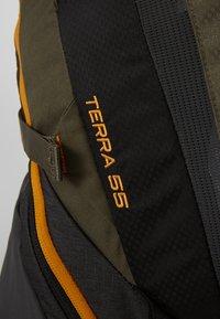The North Face - TERRA 55 - Mochila de trekking - dark grey heather/new taupe green - 5