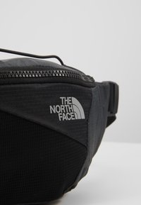 The North Face - LUMBNICAL S - Vyölaukku - asphalt grey/black - 7