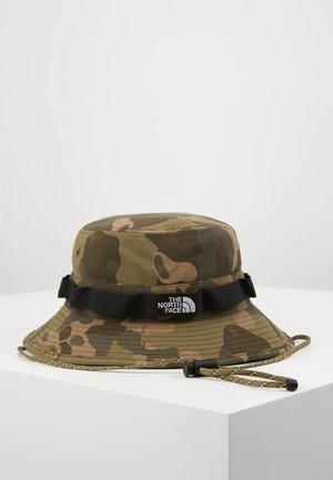 CLASS V BRIMMER - Hat - brntolvgrnpondersapineprt