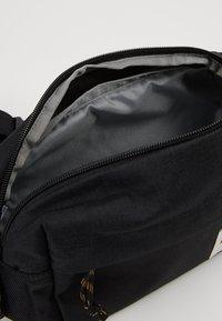 The North Face - LUMBAR PACK - Sac à dos - tnf black heather - 5