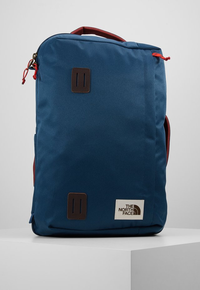 TRAVEL DUFFEL PACK - Reppu - blue wing teal/barolo red