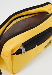 The North Face - BOZER HIP PACK - Bum bag - yellow/black - 4
