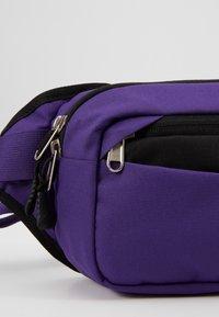 The North Face - BOZER HIP PACK - Heuptas - hero purple/black - 7