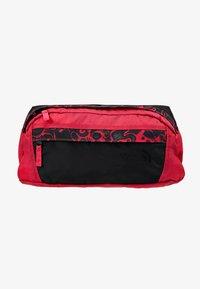 The North Face - RAGE - Rumpetaske - rose red/black - 6