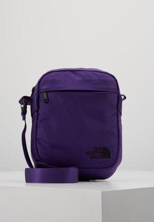 SHOULDER BAG - Bandolera - hero purple/ black
