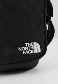 The North Face - SHOULDER BAG - Axelremsväska - black/white - 7