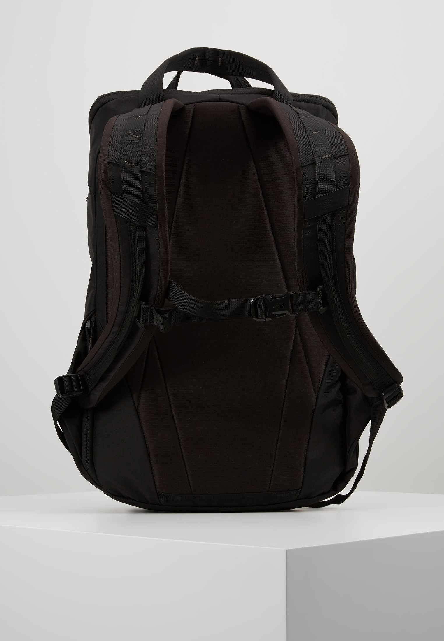 The North Face INSTIGATOR - Ryggsekk - black